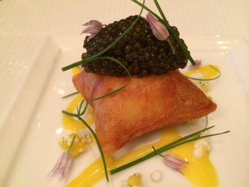 Pommes souffles, caviar